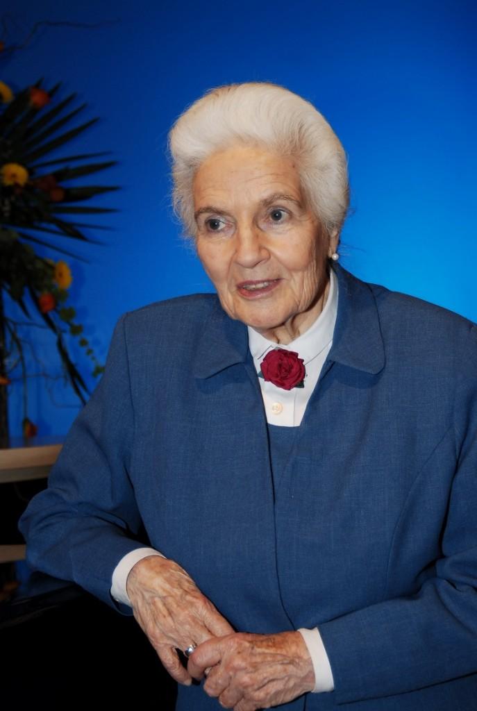 Sabine Ball
